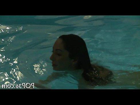порно ролики кончить в анал глубоко