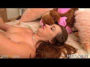 порно мужик трахает корову